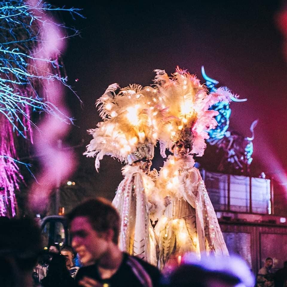 Spettacoli ed artisti per feste di piazza