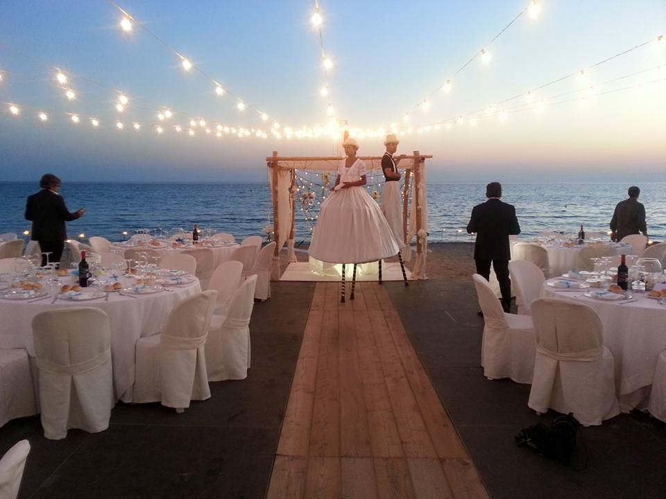 Matrimoni 2021, quando e come potremo festeggiarli? La proposta in Parlamento