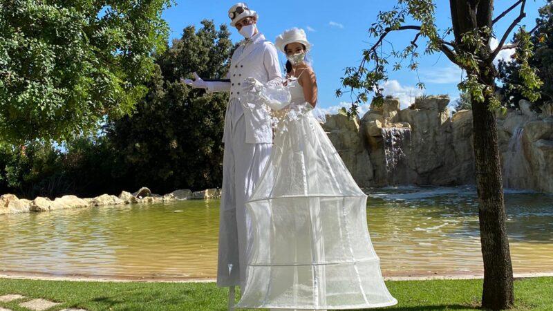 Trampoli Sposo Sposa - Artisti di strada Puglia Matrimonio