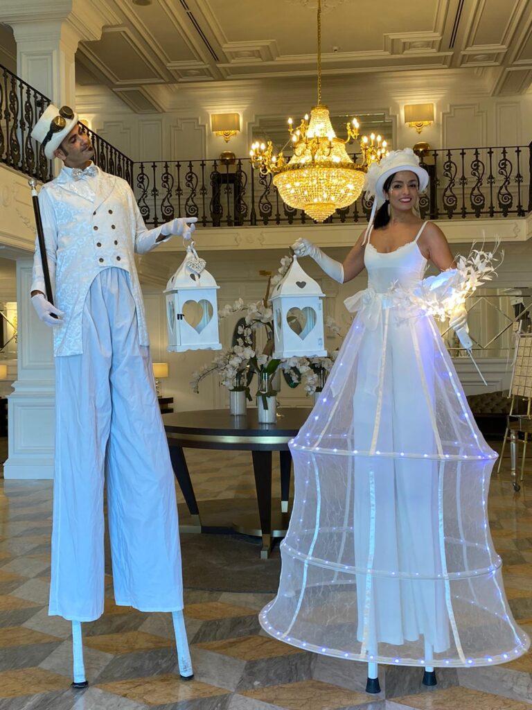 Trampolieri Sposo Sposa - Artisti di strada Puglia Matrimonio - RICEVIMENTI NEW LIONS - Barletta